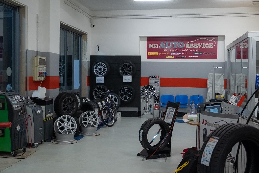 Vendita e Assistenza Pneumatici MC Auto Service a Lecce
