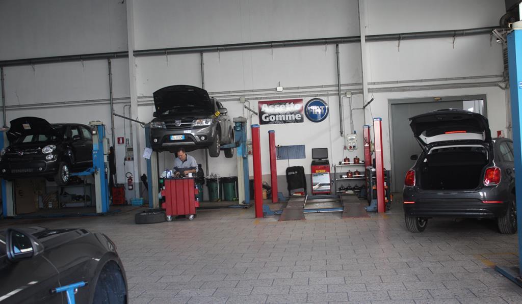 Centro Pre-Revisione MC Auto Service a Lecce