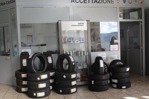 Gomme Plurimarche MC Auto Service a Maglie Lecce