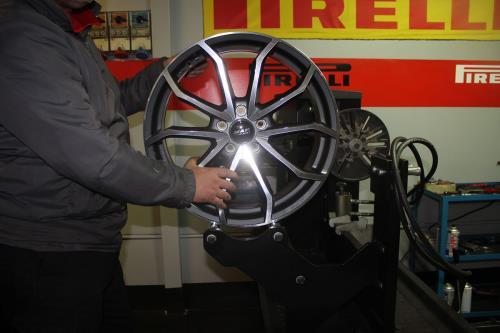Riparazione Cerchi in Lega MC Auto Service a Lecce