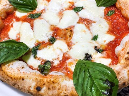 Pizza tradizionale Margherita - Pizzeria -  Ristorante CIAK BY KANDISKY (PA)