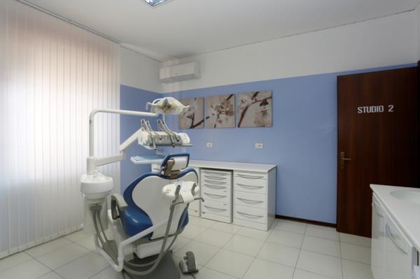dentisti Caldiero Verona