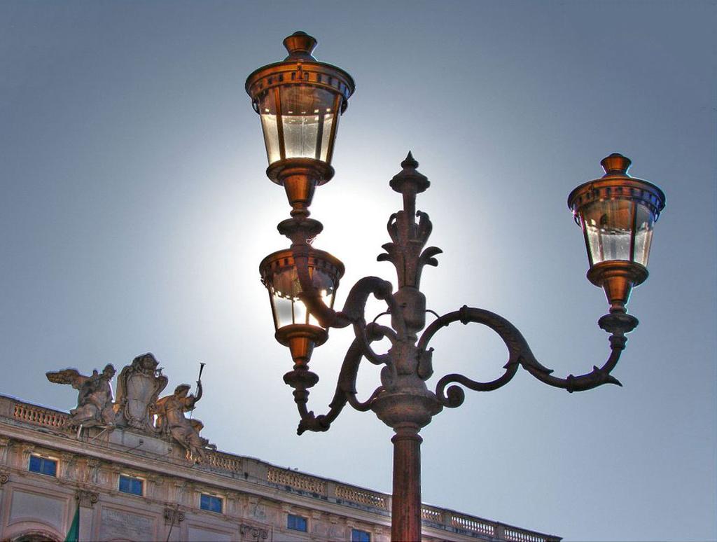 lampioni in ghisa fonderia carnevale roma