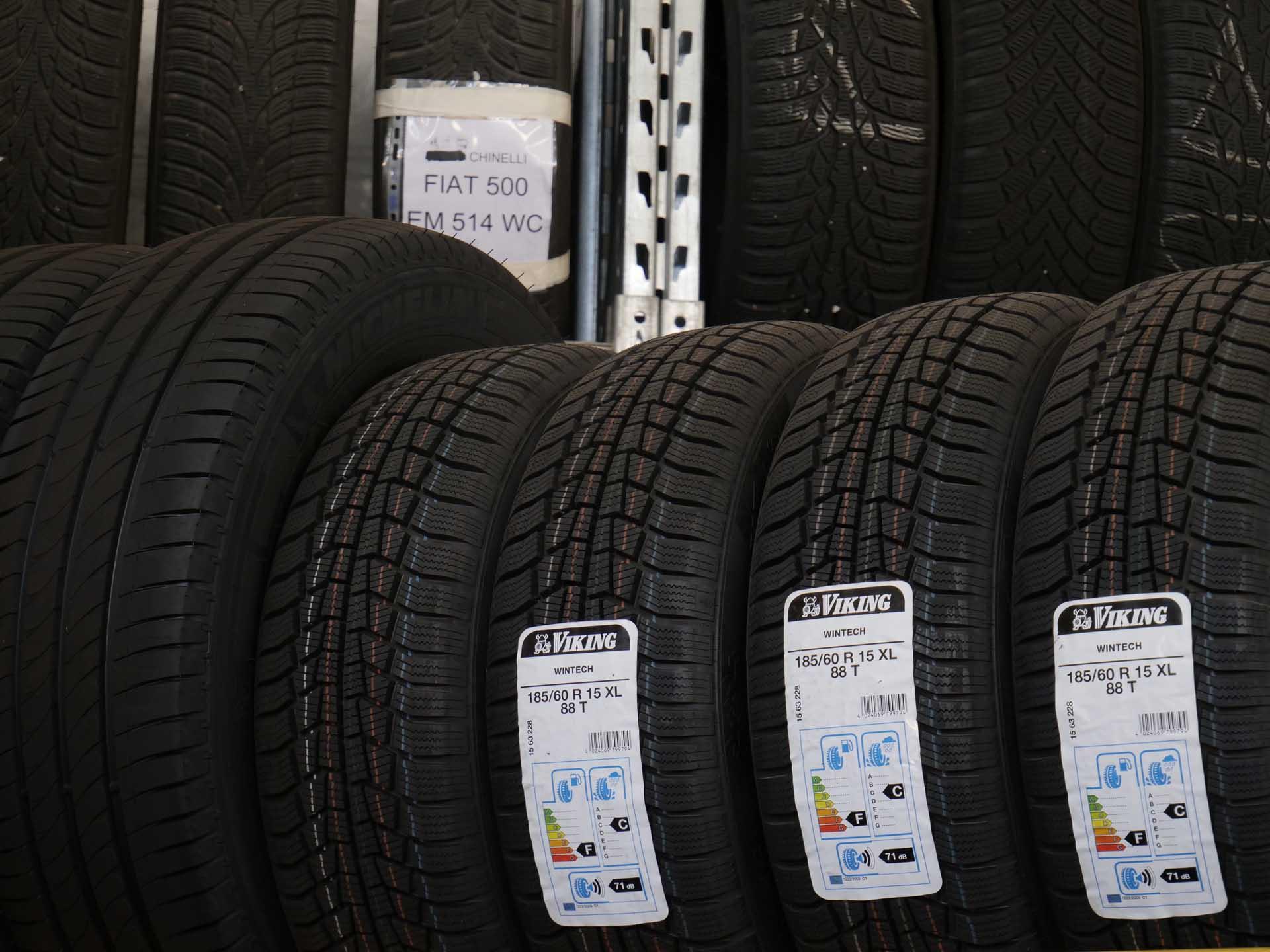 Servizio di deposito pneumatici Autofficina Fabris