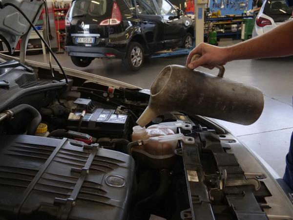 Manutenzione ordinaria auto Autofficina Fabris