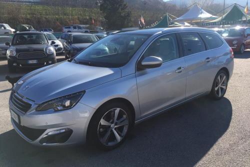 Peugeot Autoclass ad Atena Lucana Salerno