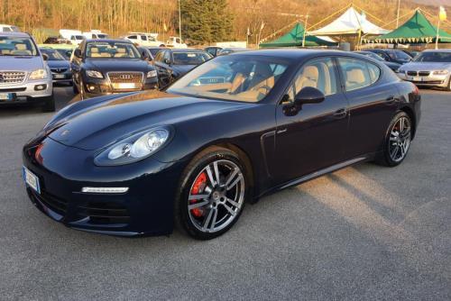 Porsche Autoclass ad Atena Lucana Salerno
