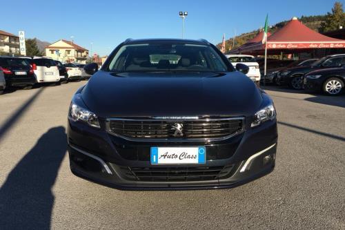 Peugeot 508 Autoclass ad Atena Lucana Salerno