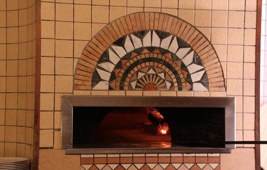 pizzeria con forno a legna Cremona