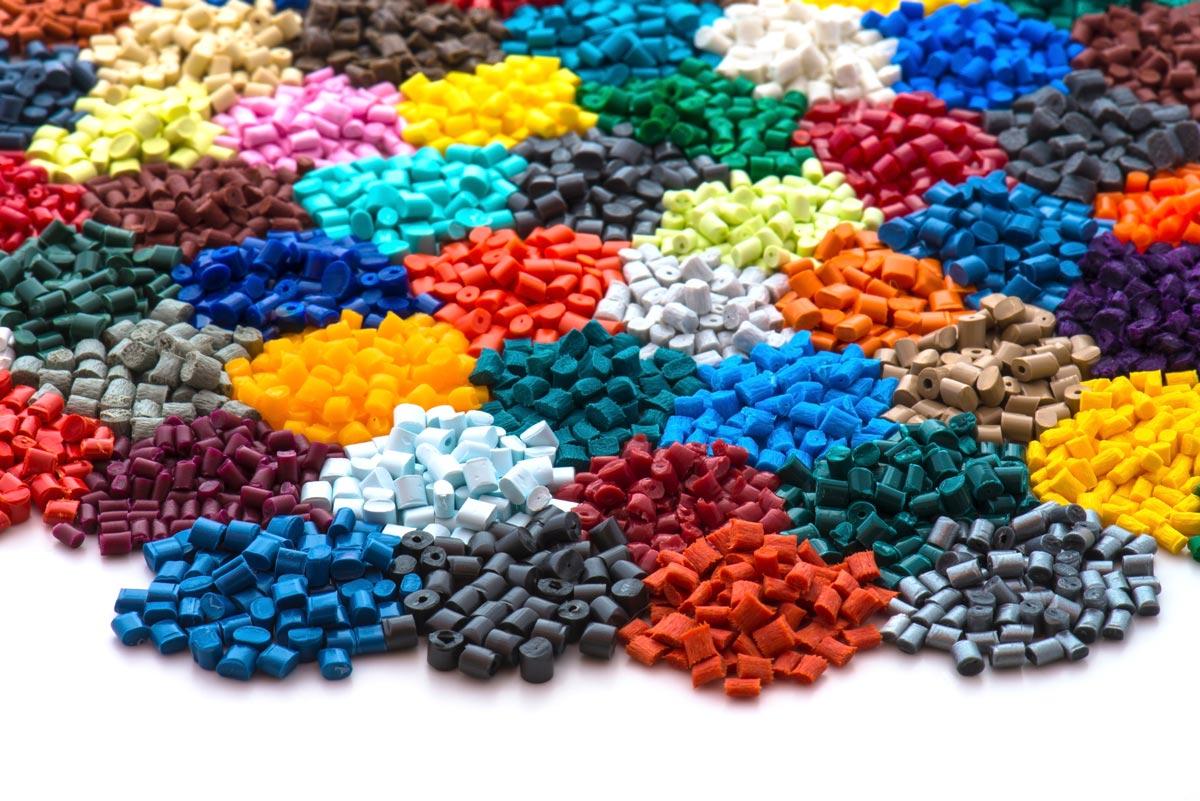 Officina stampi per materiali plastici