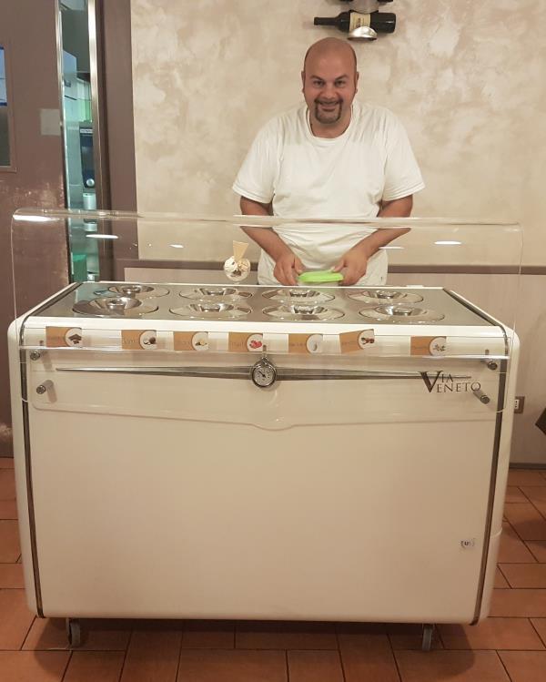 gelateria produzione propria