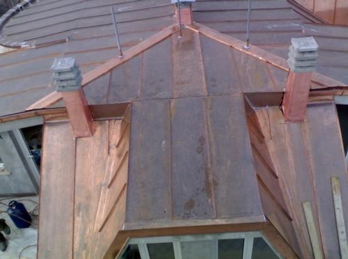 Panoramica tetto rame a doppia aggraffatura condominio