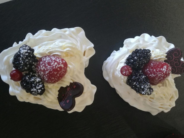 Pastine panna e fragole