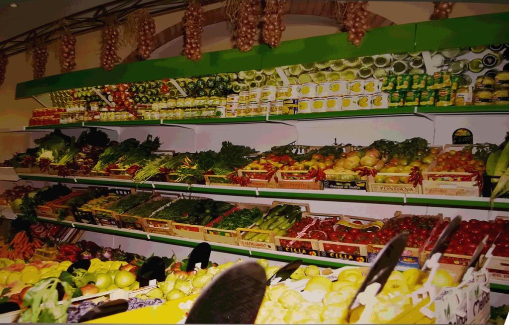 Inaugurazione 1988 La Boutique della Frutta a Baronissi Salerno