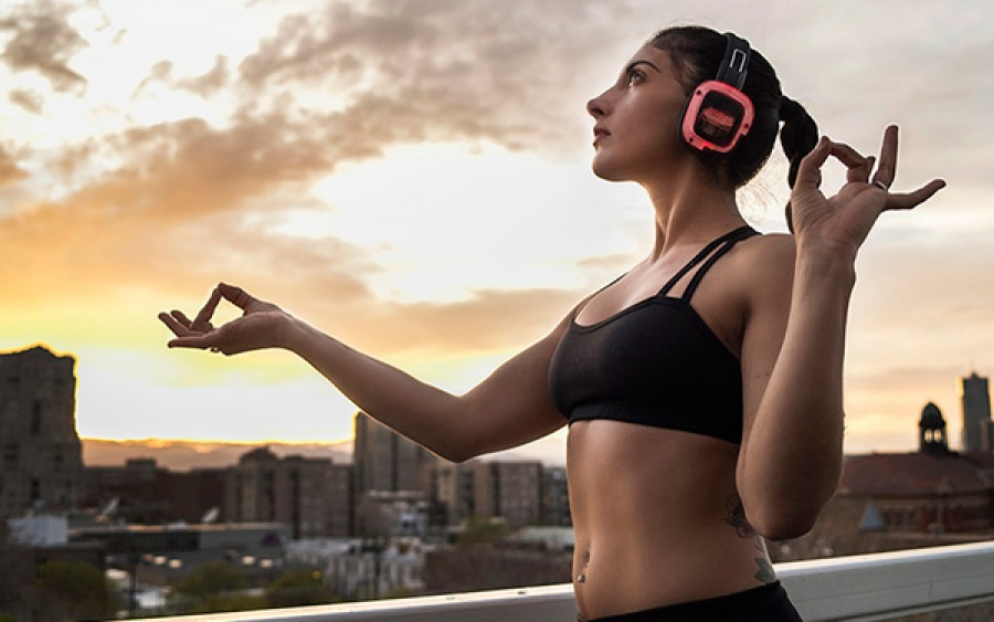 SILENT SYSTEM, PILATES CON LE CUFFIE, SPINNING CON LE CUFFIE, YOGA CON LE CUFFIE, INDOOR CYCLING CON LE CUFFIE, LEZIONI CON LE CUFFIE, imperia, wellness evolution