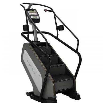 cardio fitness, attività aerobiche, sala cardio, bruciagrassi, attrezzi cardio, cyclette, scala, tapis roulant, elittica, vogatore