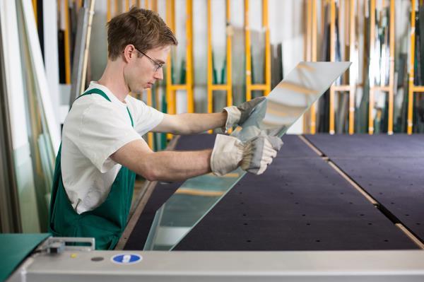 lavorazioni in vetri e specchi in cristallo antica vetreria monte del gallo roma centro