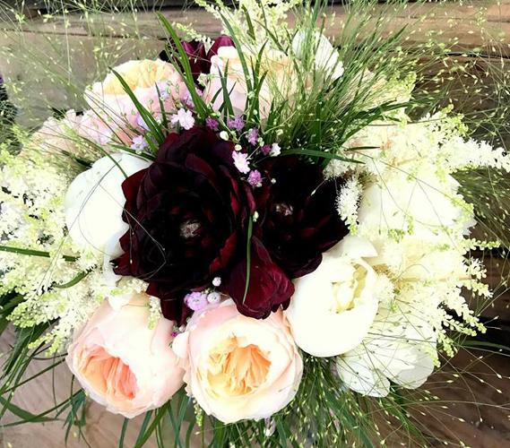 creazione bouquet e allestimento chiese per matrimoni bergamo