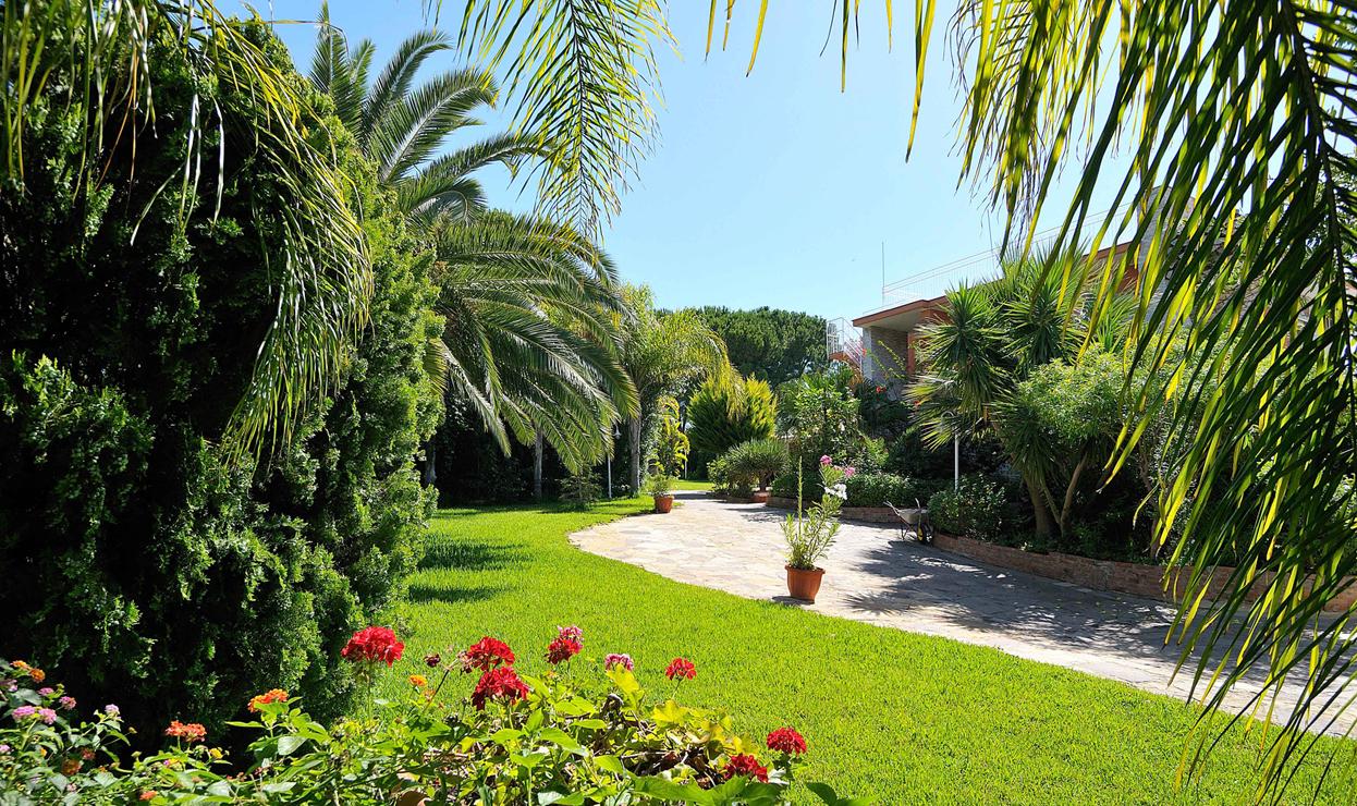 Giardinaggio Noi Per Voi a Gallarese Varese