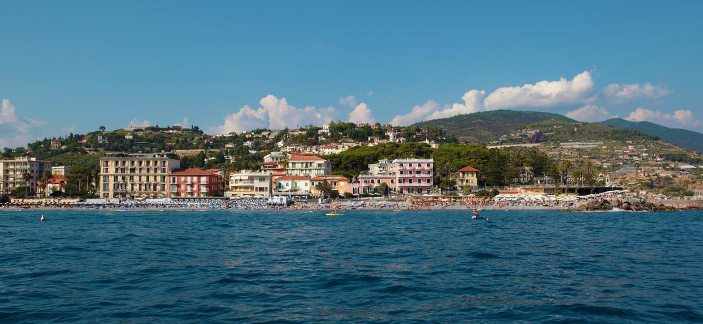 Offerta Vacanze a Bordighera (Imperia) | Offerta Vacanze last minute Bordighera (Imperia) | ALBERGO HOTEL ROSALIA