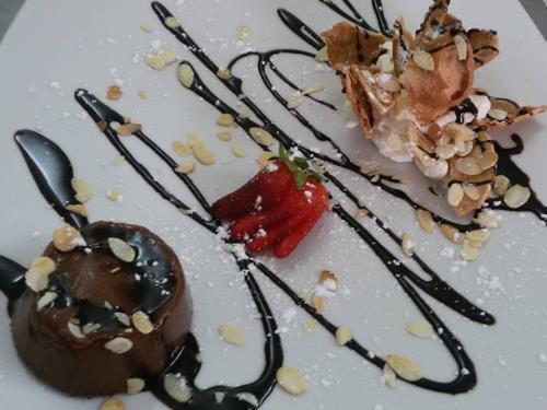 Budino al cioccolato e cannolata