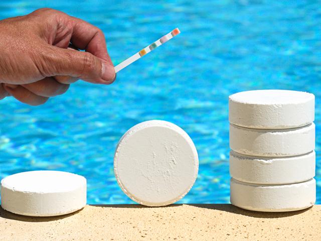 Prodotti chimici per piscine roma