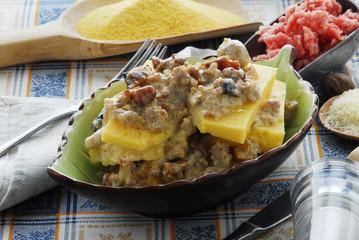 ristorante con cucina tipica Lido di Camaiore