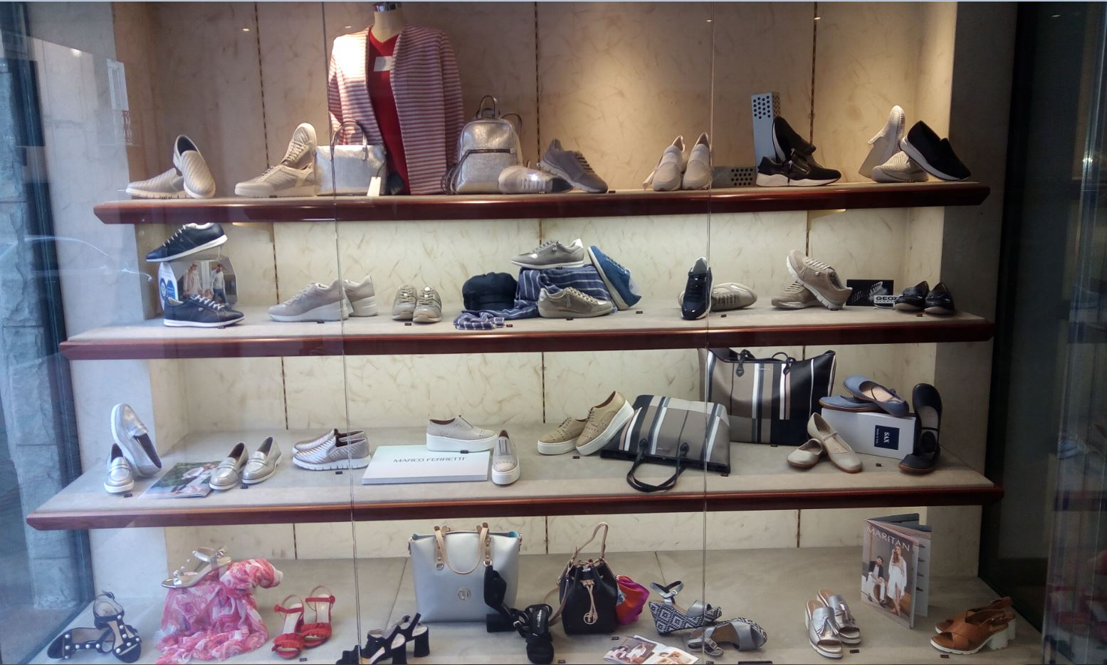 Vendita Calzature donna Imperia | vendita Scarpe donna Imperia | FRATELLI PASTORE Imperia