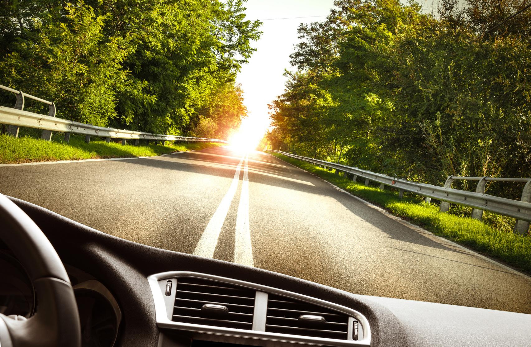 servizi per auto e ciclomotori