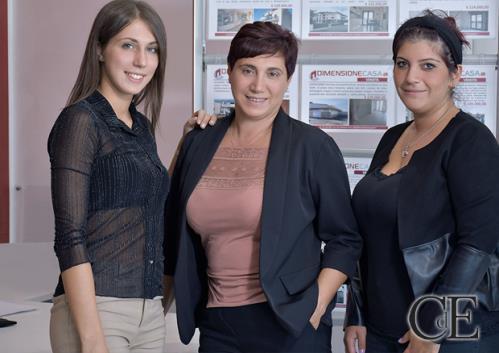 agenzia immobiliare con ogni tipo di servizio in sede
