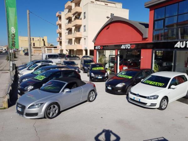 autosalone Pesaro