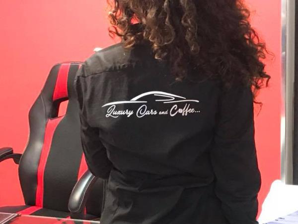 Ragazza Luxury Cars and Coffee a Salerno