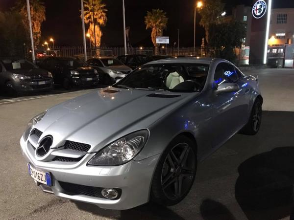 Mercedes SLK Luxury Cars and Coffee a Salerno