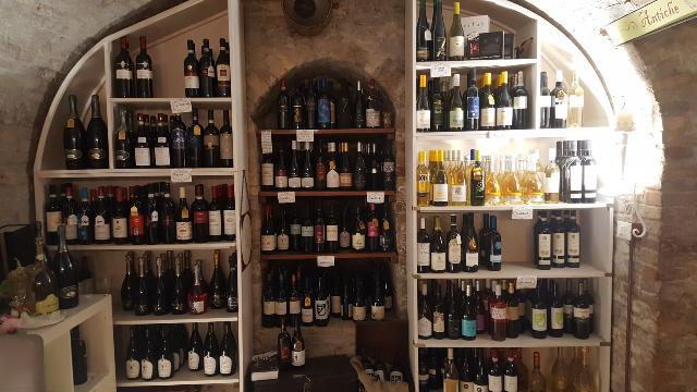 abbinamento cibo vino urbino