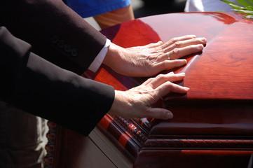 organizzazione funerali Carrara