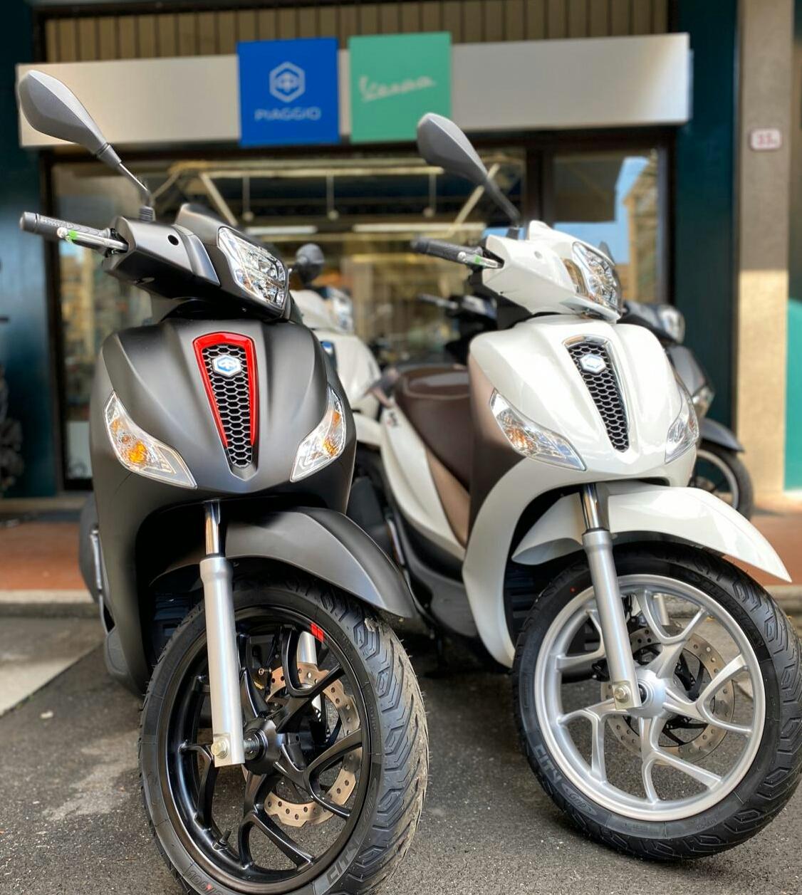 Vendita Veicoli Piaggio (Imperia) | Vendita Moto e Scooter Piaggio Ventimiglia (Imperia) | QUATTRONE MOTORI