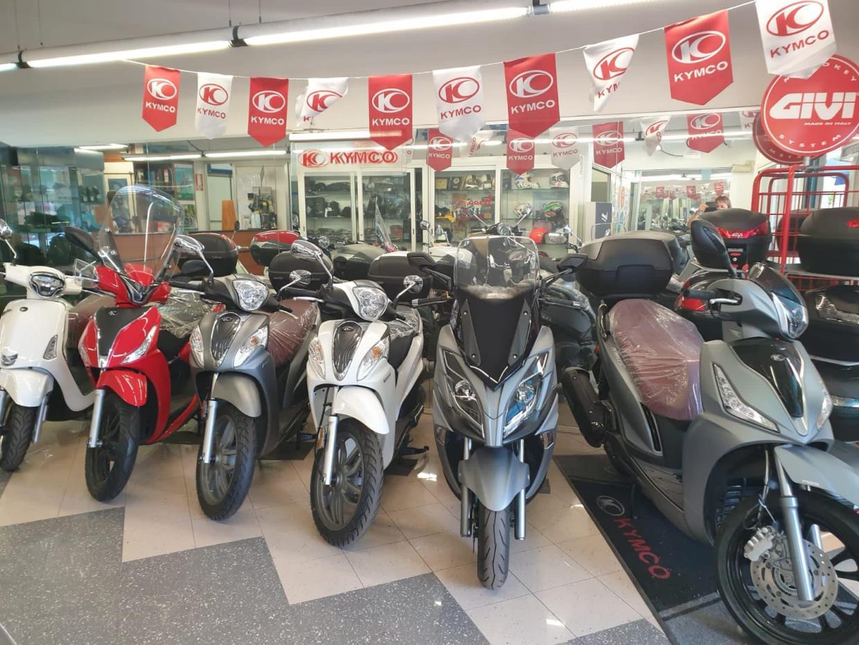 Vendita Moto Ventimiglia (Imperia) - vendita Scooter Ventimiglia (Imperia) | QUATTRONE MOTORI