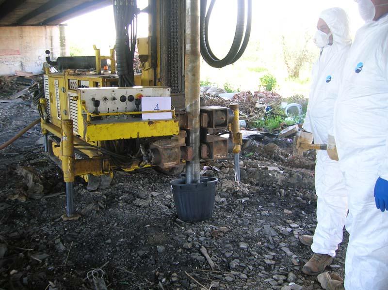 Campionamento terreni con presenza di amianto