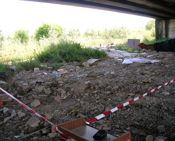 Quartatura area  rifiuti abbandonati