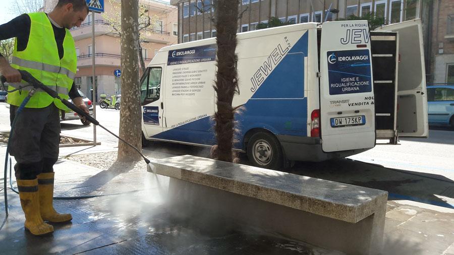 pulizia strade Civitanova Marche
