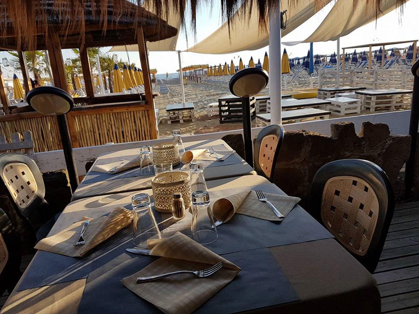 stabilimento balneare con ristorante lido di camaiore