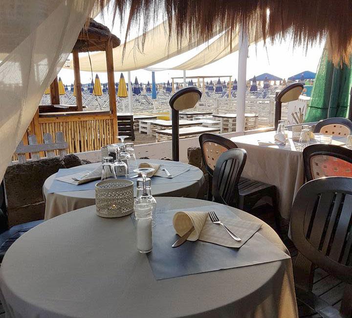 buoniamici bar ristorante sulla spiaggia a camaiore