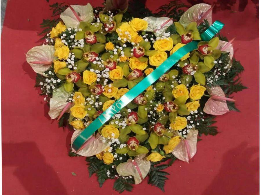 addobbi floreali agenzia funebre lupo alcamo