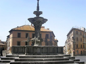 piazza fontana grande viterbo