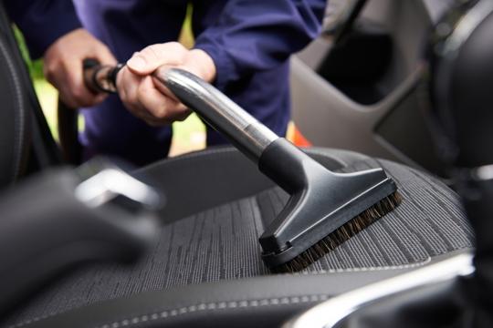 Igienizzazione di interni auto Fagagna Udine | Lavaggio veicoli Fagagna Udine