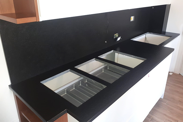 piano cucina marmo ladispoli