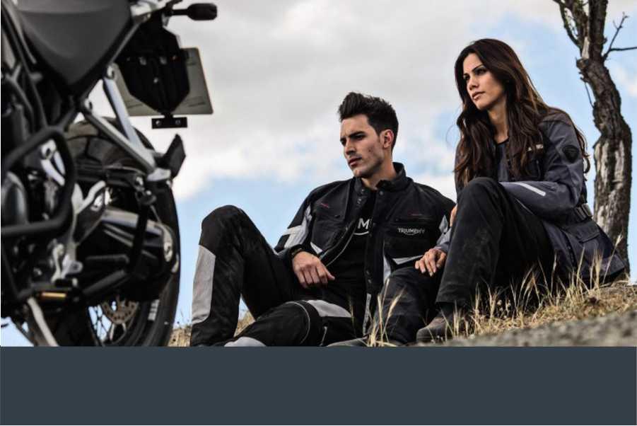 Vendita Abbigliamento Moto Scarpe per Motociclisti Tute per Motociclisti Ventimiglia Imperia Sanremo Costa Azzurra