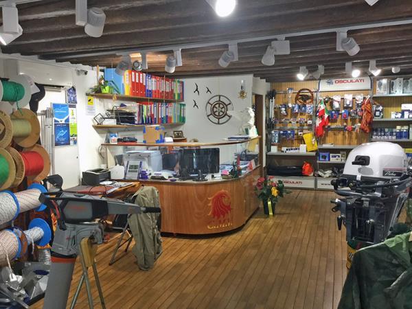vendita motori per imbarcazioni Venezia