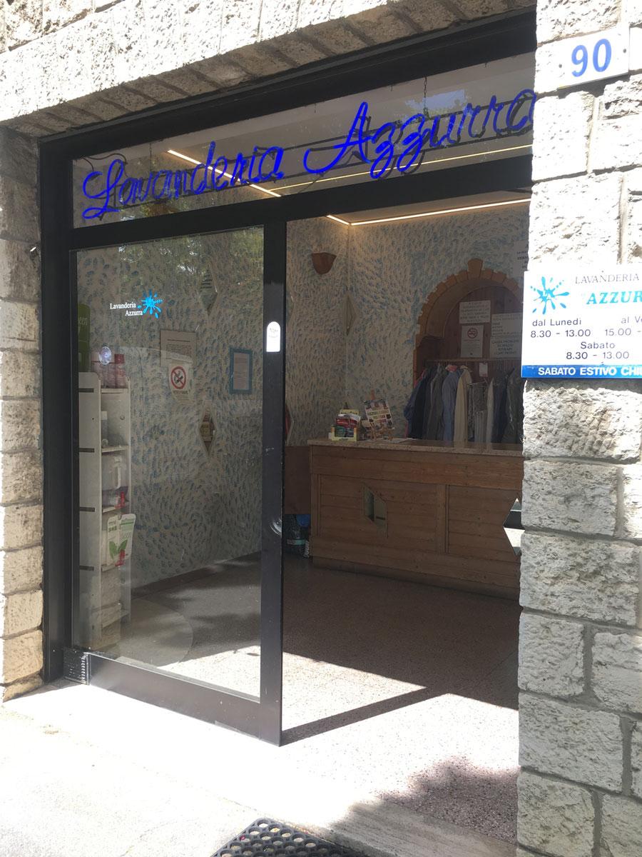 Lavanderia Azzurra - Via Laurio de Bosis