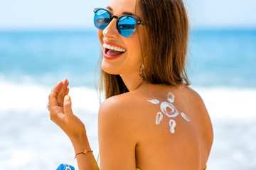 PRODUCTS FOR SKIN UNDER THE SUN